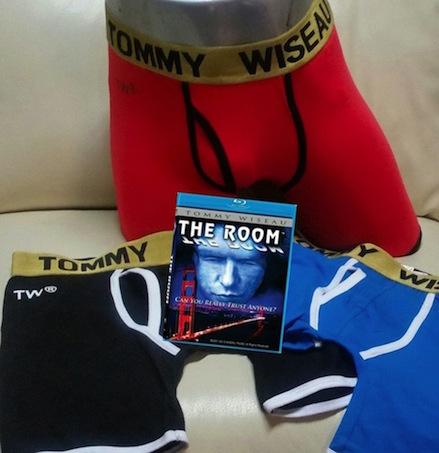 theroomblu-rayboxertommywiseau